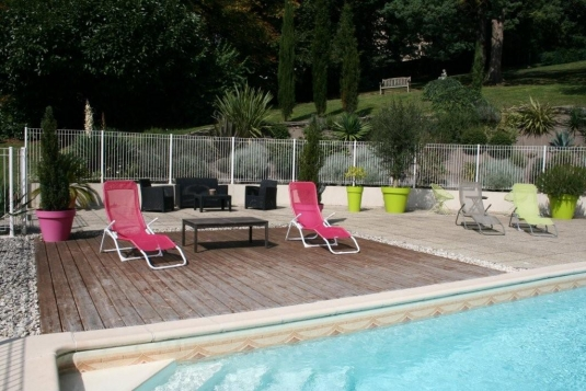 Gite rural le grenier pouzauges vend e c t vacances for Piscine pouzauges